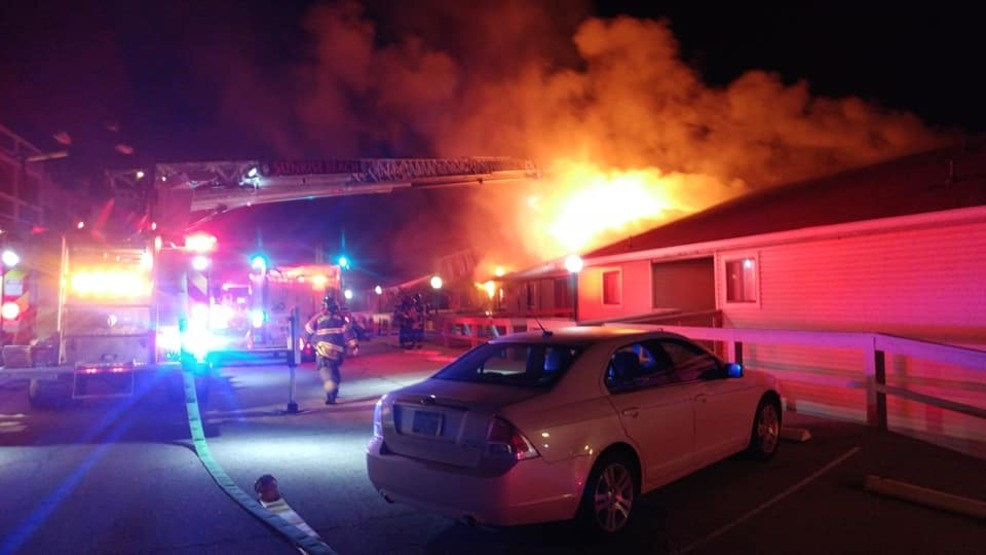 Crews respond to fire at Lake of the Ozarks condominiums | KHQA